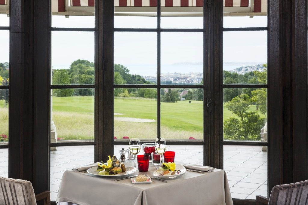 Gourmandise & Papille RESTAURANT LE LASSAY à L'Hôtel du Golf